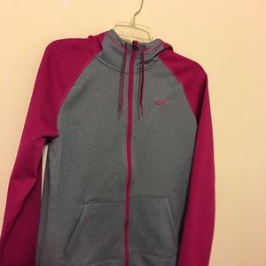 Beautiful Nike Hoddie